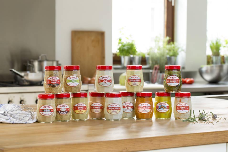 Ensemble Des pots de sauce de la gamme Grenades. Moutarderie Bister L'Impériale.